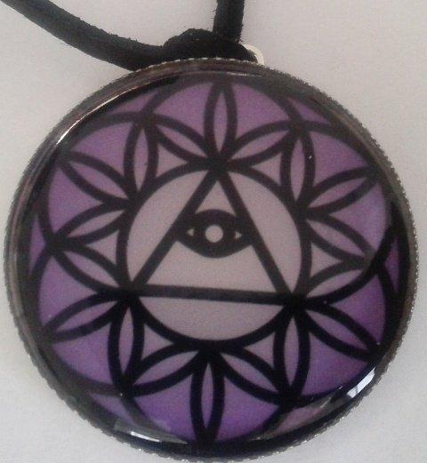 Mandalový amulet intuice